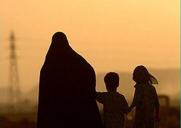 تهاجم فرهنگی موجب شده تا دختران مادر شدن را غیر عقلانی بدانند