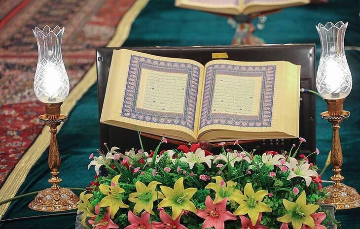 جزءخوانی قرآن در حرم مطهر شاهچراغ(ع)